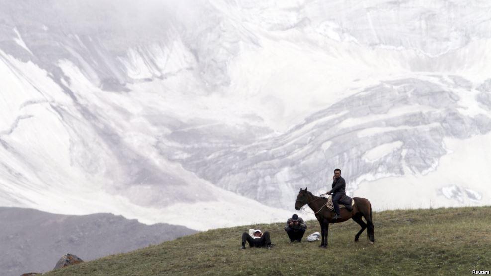 Forbes туристтерге Кыргызстанда эс алууну сунуштады